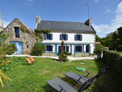 Photo for House full of charm with garden, 10mins from the Pointe du Raz, Île de Sein...