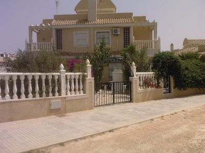 Photo for Superb 3 bed villa, fully air conditioned, private pool, beach, golf