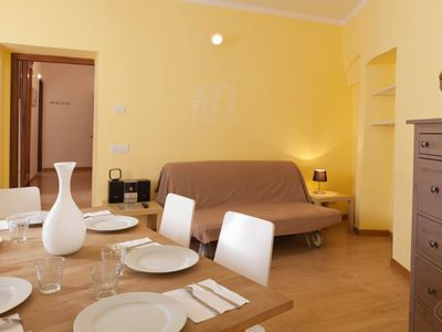 Photo for Cappellari 73 White apartment in Centro Storico with WiFi & air conditioning.