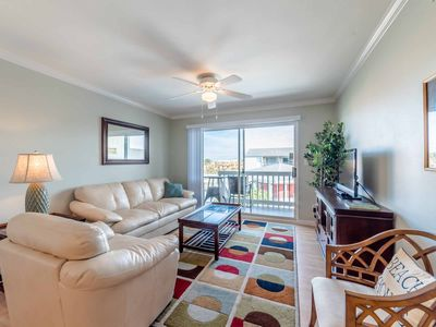 Photo for Vacation Villa ~ Steps to the Beach ~ Private Balcony Overlooking Pool ~ Free Wi