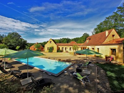 Photo for SARLAT 900m from the medieval city. Charming villa, private heated pool.