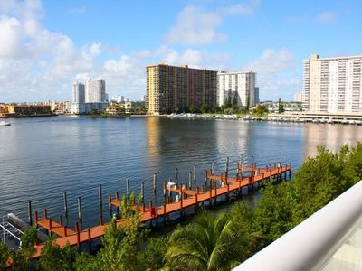 Photo for Le Golden Bay 1108 - Condo 4 people, Sunny Isles