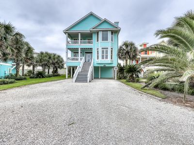 Photo for Gulf view Romar home w/ private community boardwalk, pool & grilling stations!