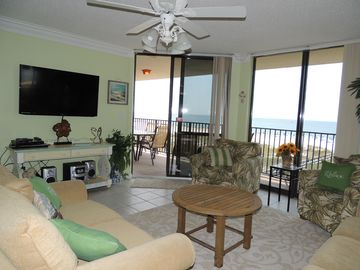 Beach Heaven -Beautiful 5 BR -  the space of a house... amenities of a condo