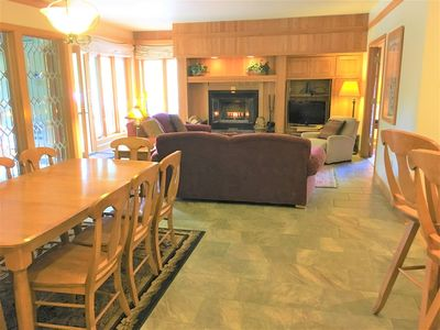 80-steps to Mountain House Lifts! Private interior hot tub, wood fireplace w/ wood provided, washer/dryer, sleeps 10