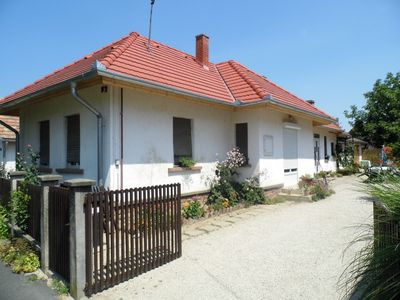 Photo for Holiday house with barbecue and internet access