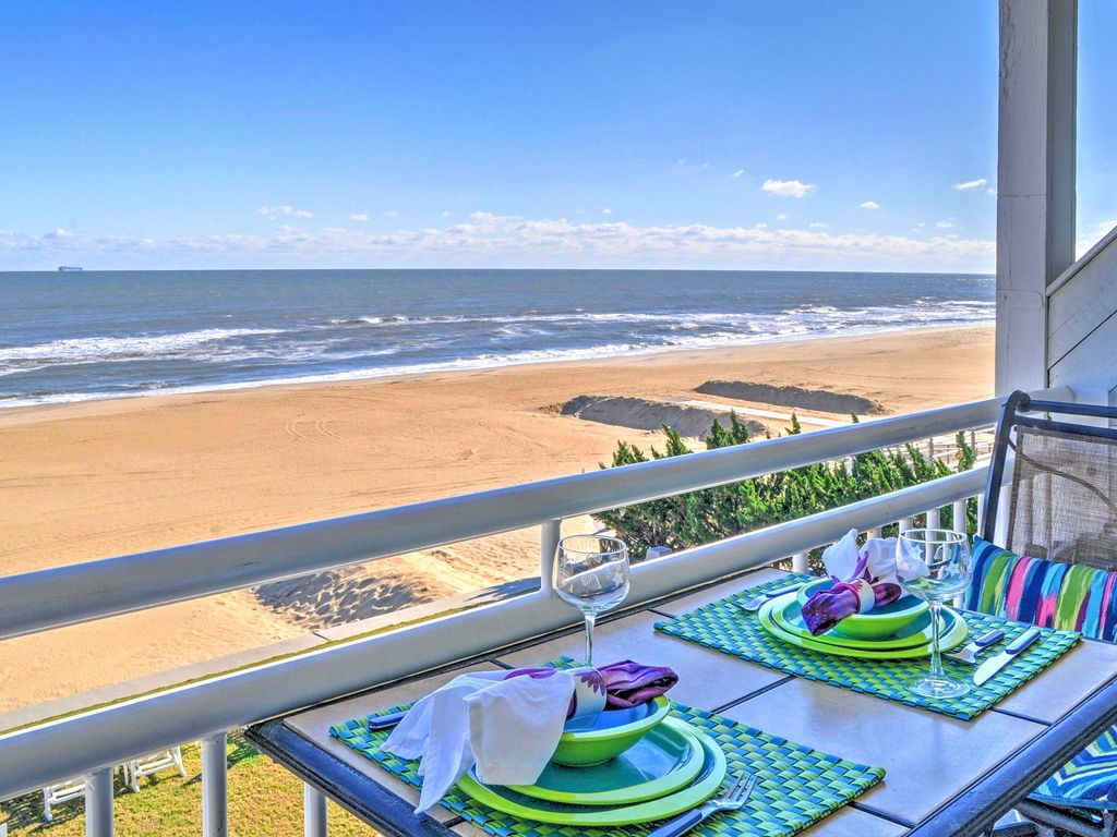 Oceanfront Virginia Beach Studio W Communi Vrbo