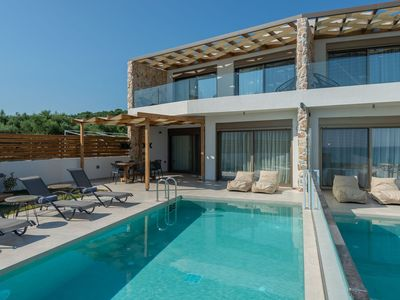 Photo for R895 Beach Villa with Private Pool and Sea view BBQ Area Walking distance to the Beach.