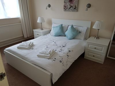 Photo for Cosy 2 Bedroom Apartment in Oxford (Summertown)