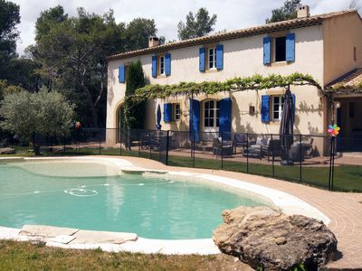 Photo for Bastide Between Aix-En-Provence and Luberon