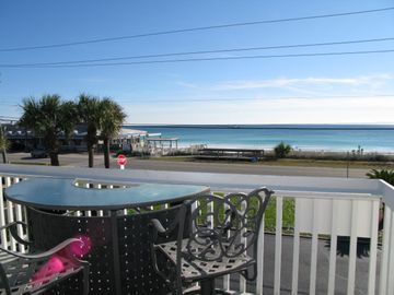 Mar 3-10 789.00  Pet Friendly Direct Beach View! BOOK NOW! Also View VRBO 101032