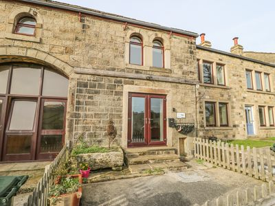 Photo for HAWORTH MISTAL COTTAGE, pet friendly in Haworth, Ref 977854