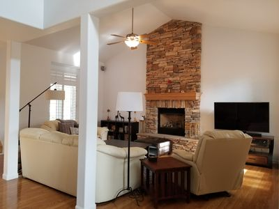 Beautiful Home in Coveted Flagstaff Neighborhood  * Great for Long-term Guests *