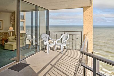Stay at this 3-bedroom, 3-bathroom vacation rental condo in Murrells Inlet!
