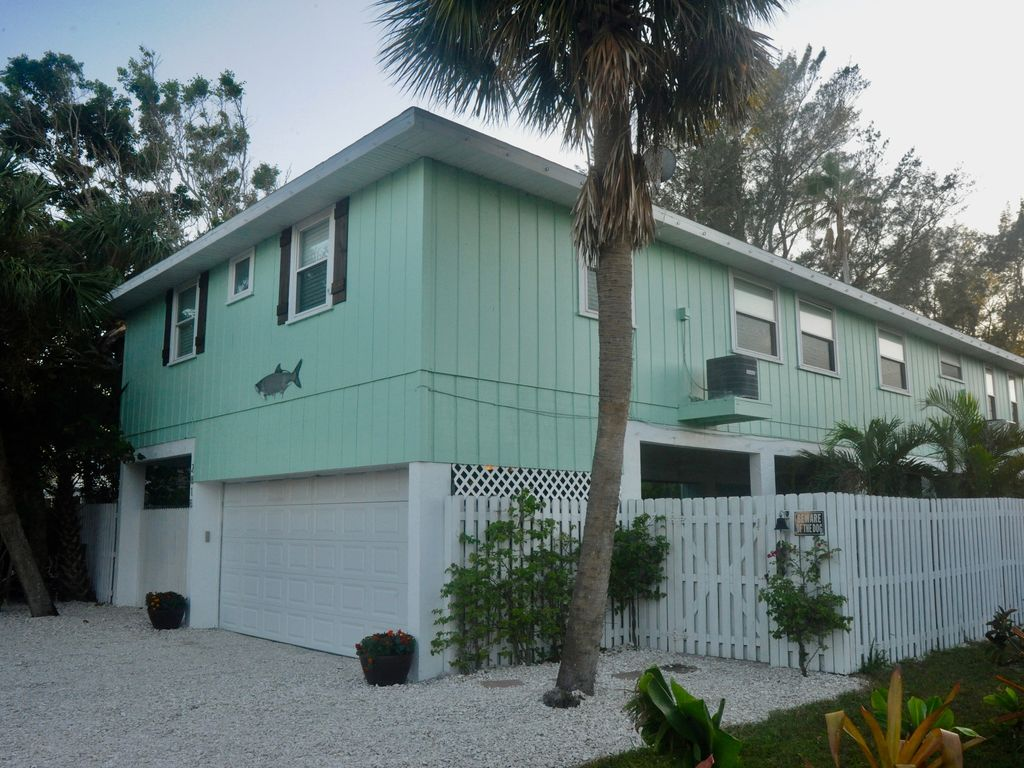 Casa Arboles in Holmes Beach on Anna Maria VRBO