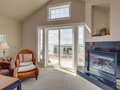 Walk Your Dog Across The Street To The Beac Vrbo