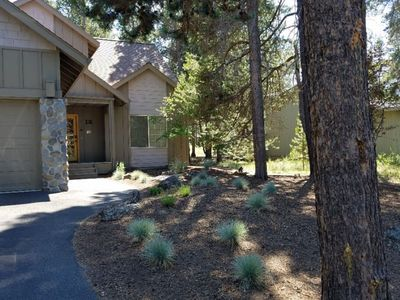 Photo for 12 White Alder Lane: 3 BR / 3 BA home in Sunriver, Sleeps 7