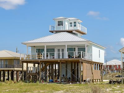 Photo for Beachfront bay and gulf  , lookout and pier !