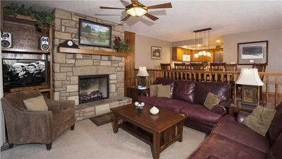 SMOKIES 2 WPM: 4 BR / 4 BA 4 bedroom condo in Blowing Rock, Sleeps 10