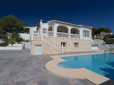 Photo for Impressive Villa in Javea with Pool, 2 minutes from the Beach