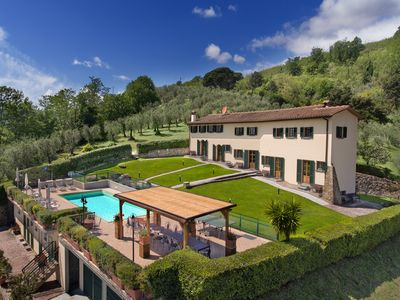 Photo for Villa Montaccolle - Stunning villa with private pool and panoramic terrace