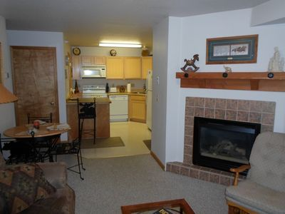 Photo for 2 Bedroom, 2 bath: Ski-In, WiFi, DISH, HOT TUB, EXTRAS