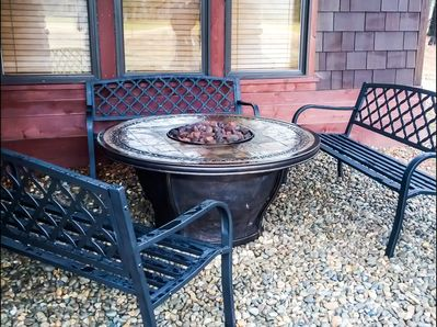 Brand New Gas Fire Pit.  Fire pit is covered so can be used any time of year.