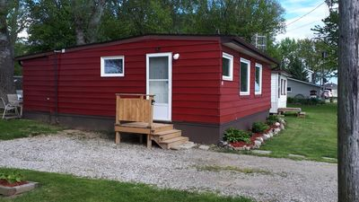 Photo for Lakefront 2 Bedroom Cottage For Rent