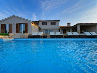 Photo for Exclusive, beautifully furnished villa with open terraces and pool.