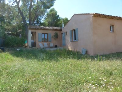 Photo for Pretty Villa with garden and terrace 10 minutes from Aix en Provence