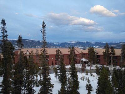 Photo for Best Located Condo Near 5 Ski Resort W/wifi, Mountain Views, Fireplace,clubhouse