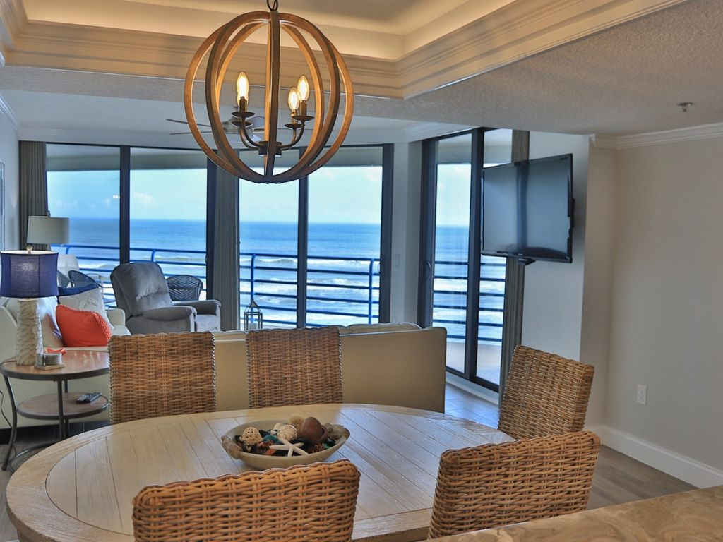 Luxurious, Newly REMODELED Oceanfront Condo... - VRBO
