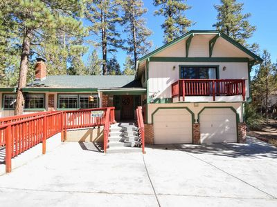 3 Sisters Lodge: Hot Tub! Foosball! Shuffleboard! Fully Fenced Yard! WiFi!