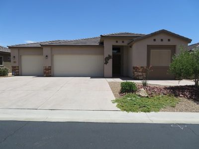 Photo for Gorgeous 3 bedroom home with all the amenities you could ask for!