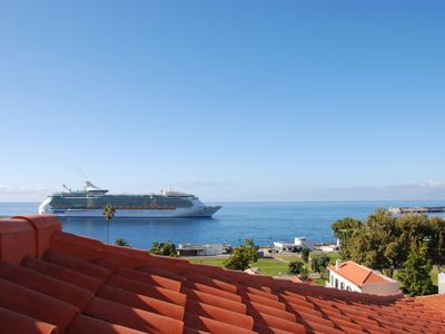 Photo for São Tiago - With Roof Terrace & Magnificent Views Over Funchal Bay