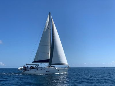 Photo for Cool Change Sailboat Stateroom