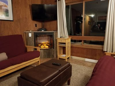 Great Views!  Ski In Ski Out! Fireplace! Best Deal on the Mountain!