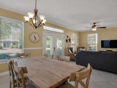 Photo for Blue Bayou - Gorgeous Pet-Friendly Home! Sleeps 12, Balcony & Patio, Community Pool & Hot Tub!