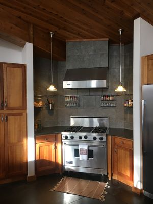 Photo for Spacious, modern home with amazing views of Pike's Peak!