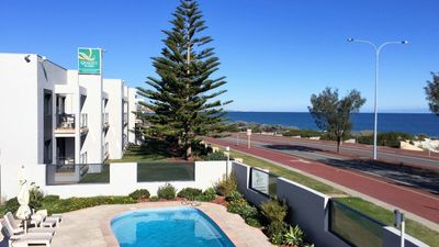 Photo for 3 Bedroom Apartment @ Quality Resort Sorrento Beach