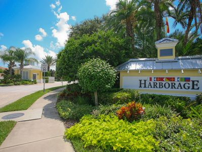 Photo for Charming 2 bedroom 2 bath property located in The Harborage Braden River.