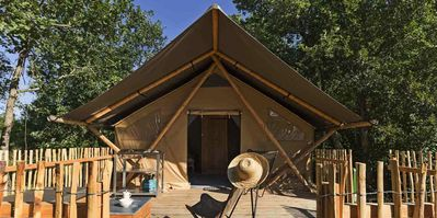 Photo for Cottages Huttopia Font Romeu *** - Trapper Tent II 3 rooms 5 persons