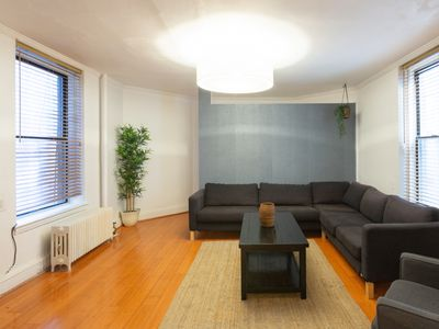 Immaculate 5BR Apartment