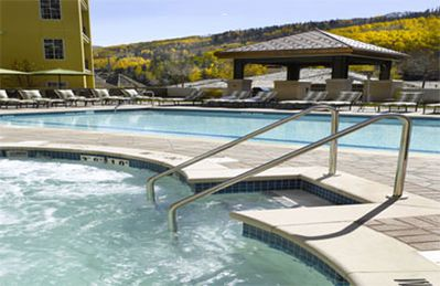 Photo for Elegant Residence! Ritz Carlton Vail w/Amenities, Hot Tub,  Short Walk to Slopes