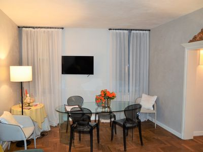Photo for Top class apt close to Piazza San Marco