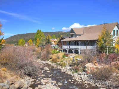 Rooms face west .Blue  River & Breckenridge Ski Views. Off Main Street. Quiet.