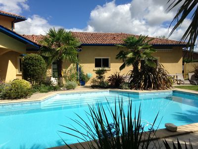 Photo for Comfortable cottage in basque villa with large pool