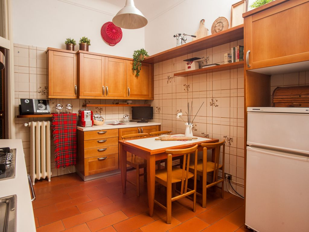 Beautiful four bedroom apartment near Corso Sempione