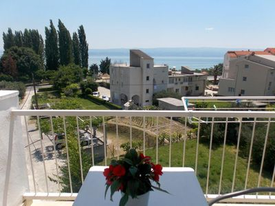 Photo for Studio flat with balcony and sea view Duće, Omiš (AS-4798-c)