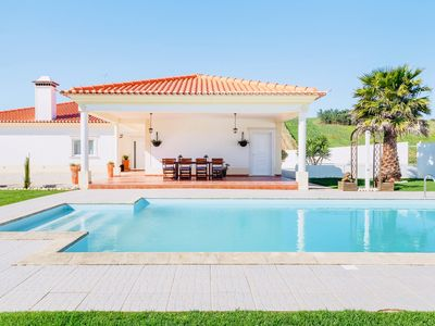 Photo for Country Villa with Pool & Games near Lisbon-Ericeira